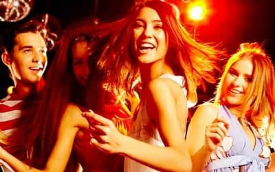 10 AWESOME TEEN PARTY & COLLEGE PARTY IDEAS