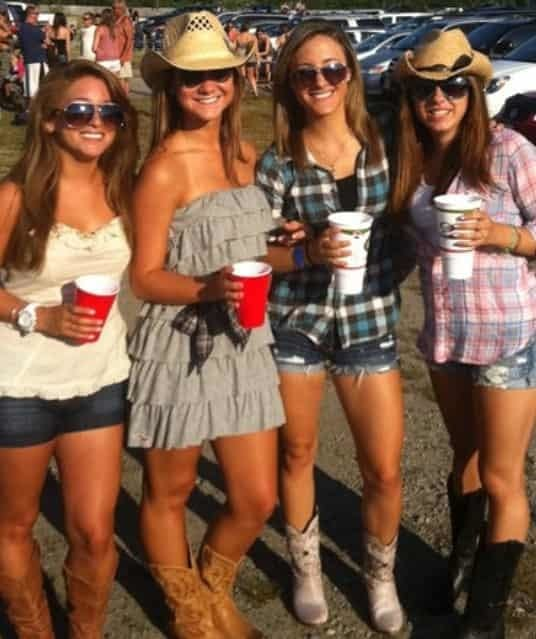 Country Girls in Boots going to San Diego concert limo.